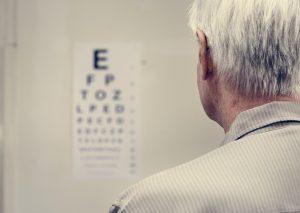 Jaskra a zaćma – choroby wzroku dotykające starszych