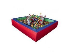 Suchy basen z piłeczkami – świetna zabawa (nie) tylko dla dzieci