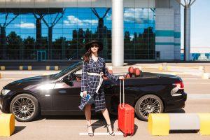 Co należy wiedzieć przed zostawieniem samochodu na parkingu przy lotnisku?