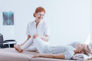 fizjoterapia dla dziecka w domu